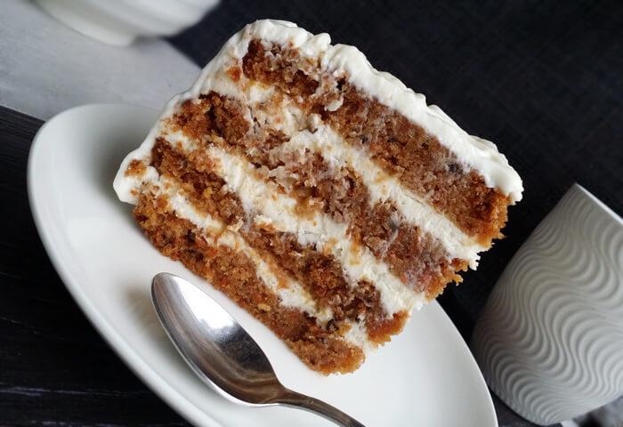 Морковный торт с кремом чиз