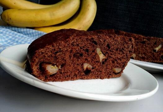 Манник с бананом на кефире и какао