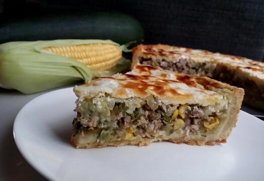 Кабачковый пирог с фаршем и сыром